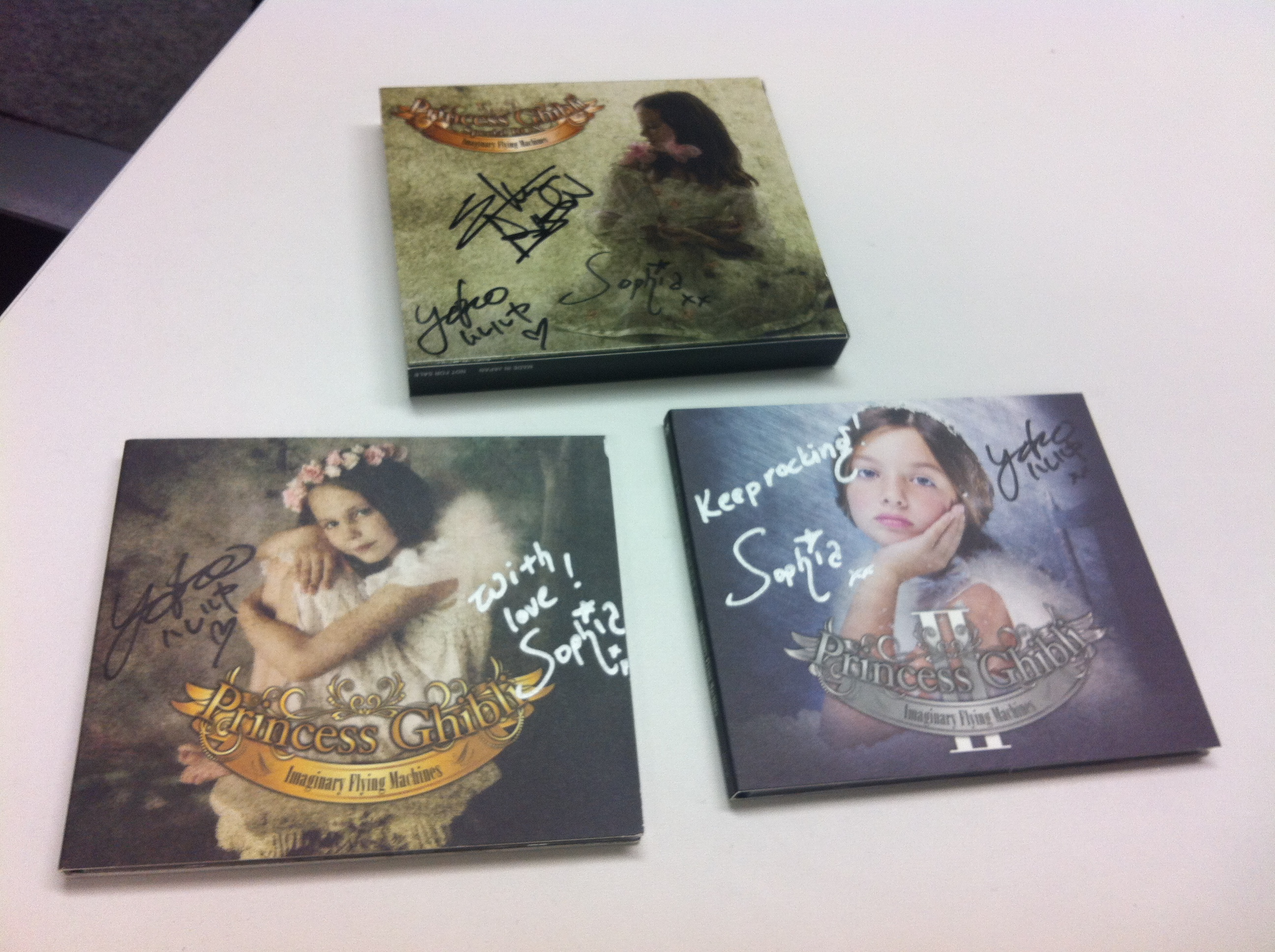 New album taken 1st place in Japan! ..and limited edition BOX CDs now on sale, + autographs here:)